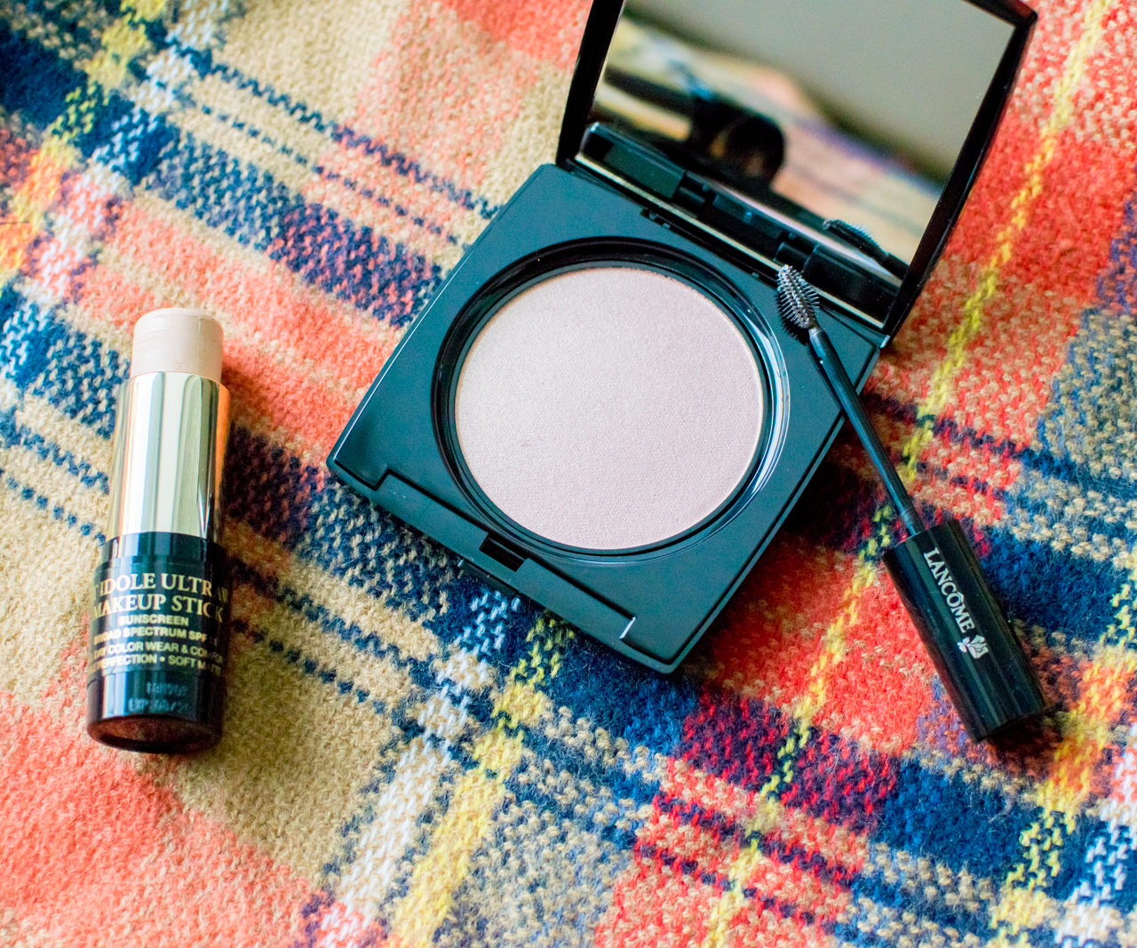Beauty Finds – Lancome Dual Finish Highlighter, Teint Idole Ultra Makeup Stick, Sourcils Styler Brow Gel